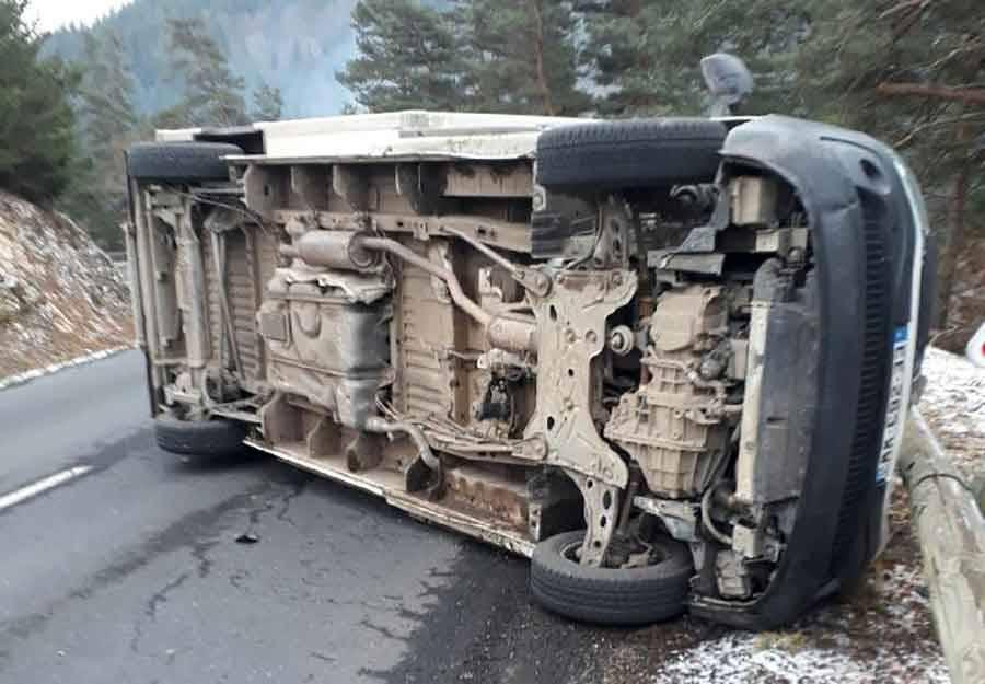 """Sainte-Sigolène : un camion frigorifique se couche dans un virage à """"Vaubarlet"""""""