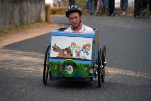 Saint-Vincent : les voitures à pédales assurent le show dans les rues