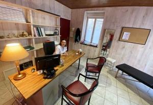 Camille Nadalin, une nouvelle ostéopathe à Montfaucon-en-Velay