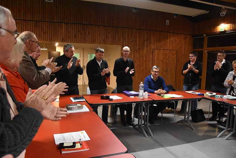 Olivier Cigolotti a été ovationné en fin de conseil communautaire lundi soir.