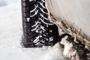 Les pneus neige deviendront obligatoires à partir de novembre 2021