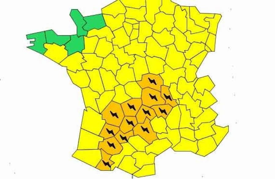 Orages : la Haute-Loire et la Loire en vigilance orange lundi à partir de 23 heures