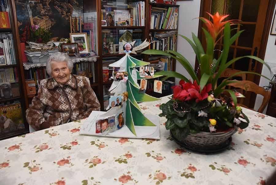Le Chambon-sur-Lignon : Eva Rialhon fête ses 100 ans et continue à vivre chez elle