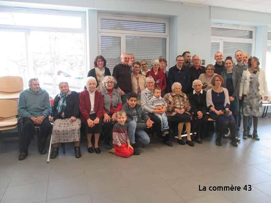 La famille Rialhon à la salle Bastianou