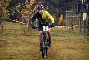 Cyclo-cross : Laurent Marcon a sauté sur l'occasion au Mazet-Saint-Voy