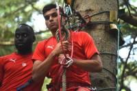Chambon-sur-Lignon : les footballeurs de Nîmes suspendus dans le vide