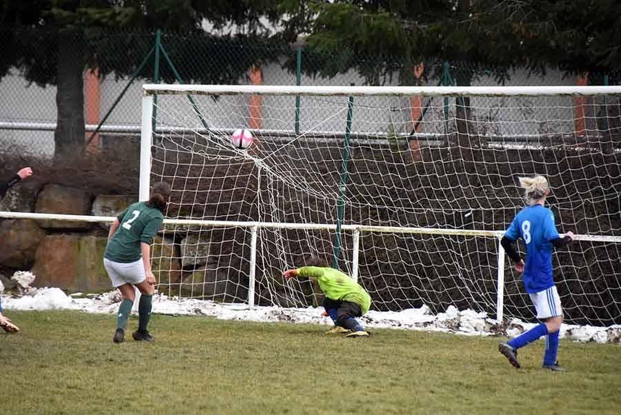 Foot : les footballeuses des Villettes écrasées par l'AS Saint-Etienne