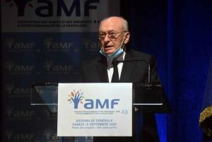 Association des maires : Jean Proriol laisse la présidence à Bernard Souvignet