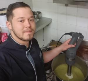 Chambon-sur-Lignon : un chef cuisinier critique les promesses d'aides