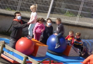 Montfaucon-en-Velay : à l'école du cirque pour les élèves d'Abel-Grimmer
