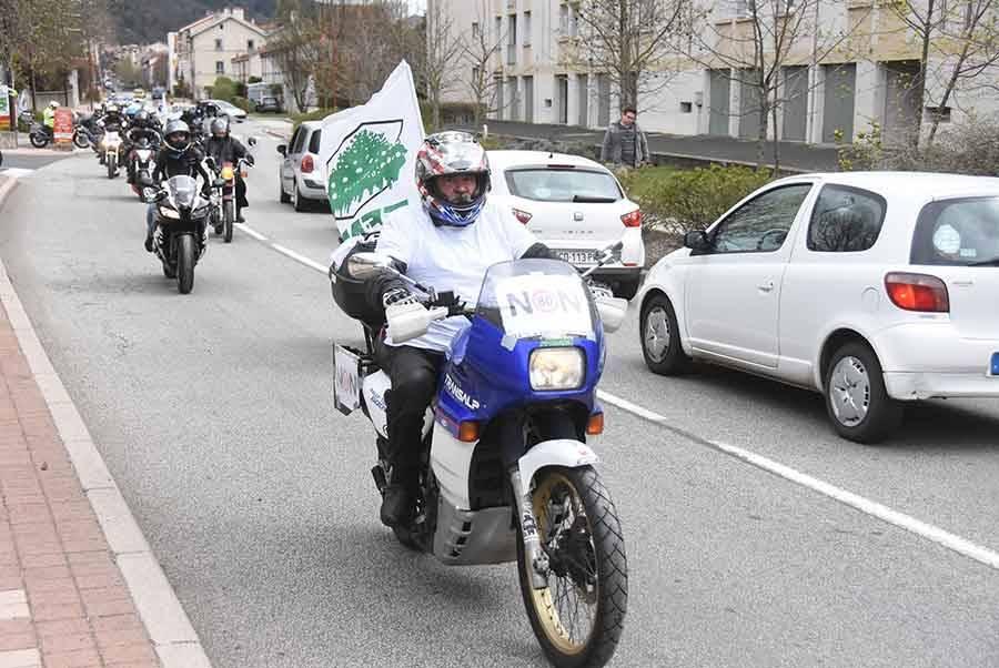 250 motos et voitures pour protester contre les 80 km/h
