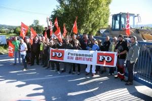 Bas-en-Basset : les salariés de Bonna Sabla bloquent leur entreprise
