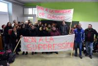 Lantriac : des parents bloquent l'école publique pour protester contre la fermeture d'une classe