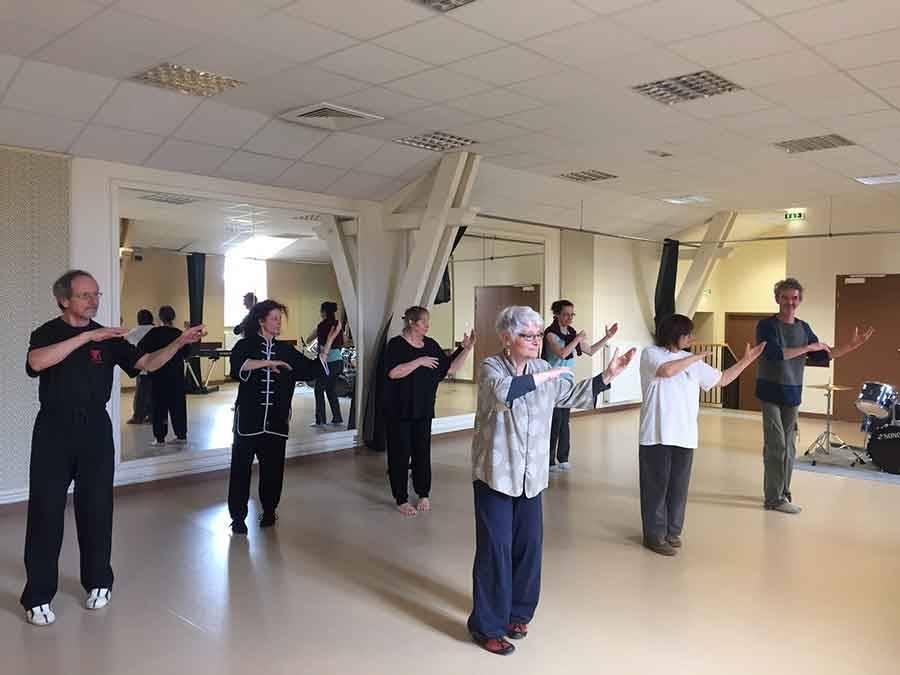 Yssingeaux : une dizaine de stagiaires pour une séance spéciale de tai chi chuan