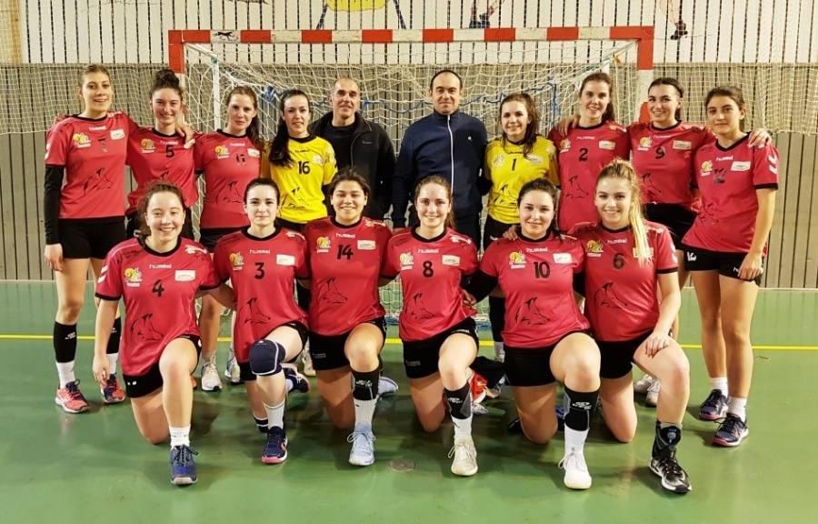 Saint-Germain/Blavozy : de nouveaux maillots pour les handballeuses