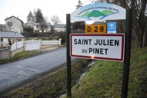 Saint-Julien-du-Pinet : deux candidats au poste de conseiller municipal