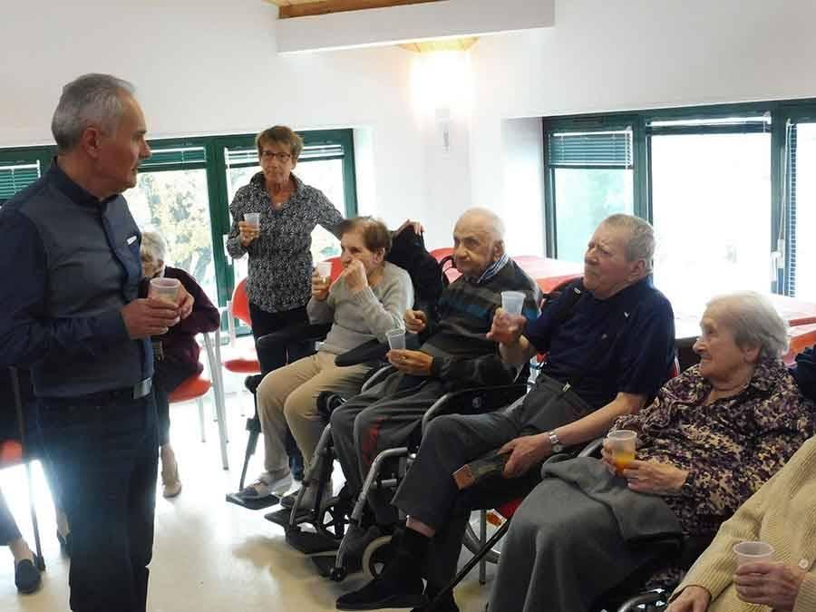Sainte-Sigolène : une rencontre de classards à la Résidence Sigolène