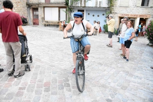 """Retrouvez en photos """"Maurice paie sa tournée"""" de passage à Désaignes avec Guillaume Meurice"""