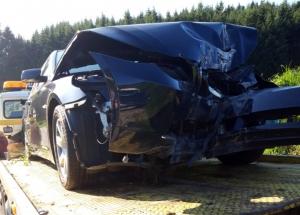 Saint-Didier-en-Velay : une BMW fait tomber un poteau en béton