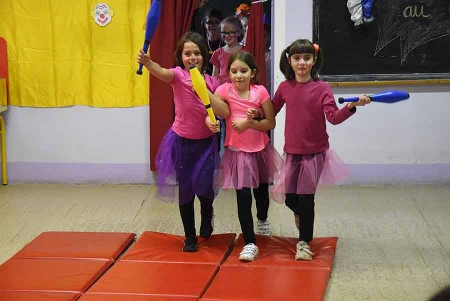 Riotord : les enfants de l'école privée s'initient aux arts du cirque