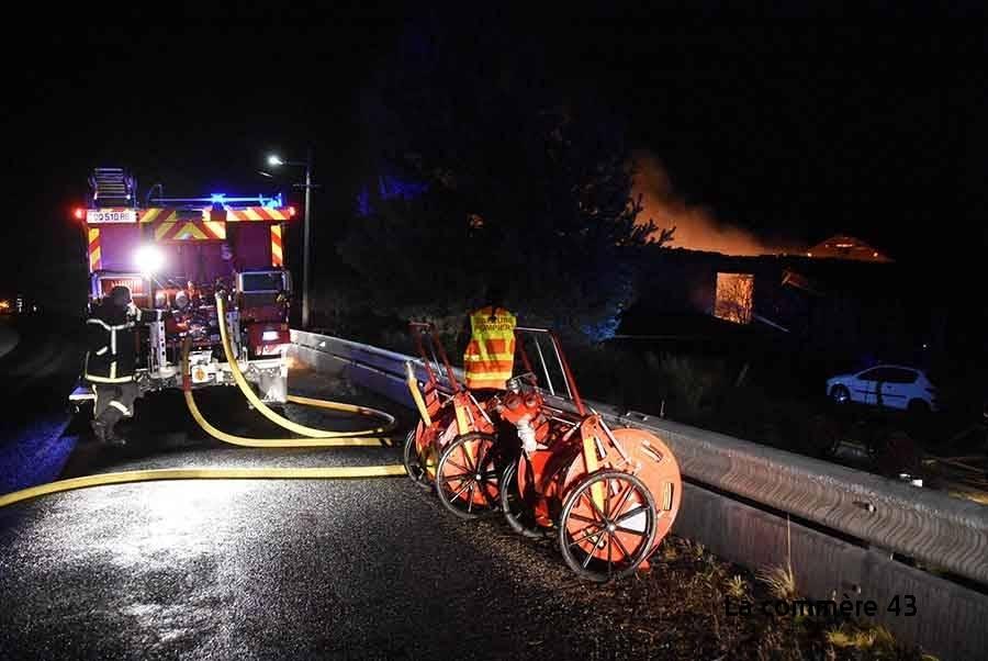 Après l'incendie de Roche-en-Régnier, les pompiers de Saint-Vincent lancent un appel aux dons