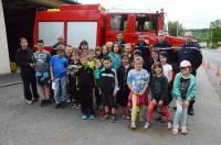 Les écoliers ont visité les installations.