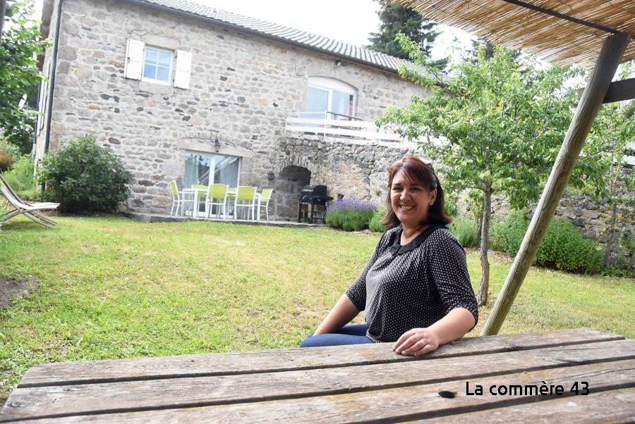 Saint-Jeures : un ancien corps de ferme transformé en gîte familial