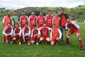 Saint-Victor-Malescours, finaliste de la Coupe Régis-Fay, monte en D3 en tant que meilleur 2e de D4