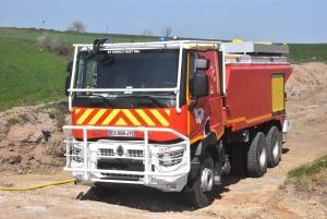 Des renforts de Haute-Loire envoyés sur un gigantesque incendie à Issoire