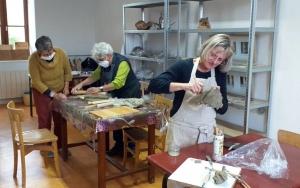 Saint-Julien-Molhesabate : un atelier sculpture pour les enfants