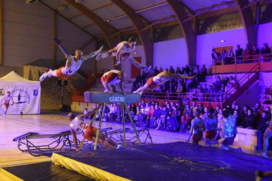 Monistrol-sur-Loire : les pompiers mettent le feu pour le spectacle de la Fête du sport