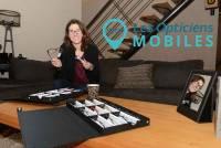 Aurélie Rochon devient opticienne à domicile