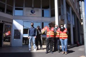 La CGT dénonce la réforme de l'assurance chômage devant Pôle Emploi
