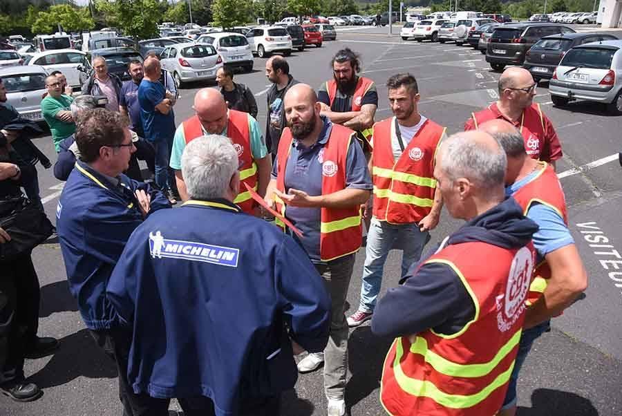 Blavozy : les ouvriers de Michelin réclament de meilleures conditions de travail