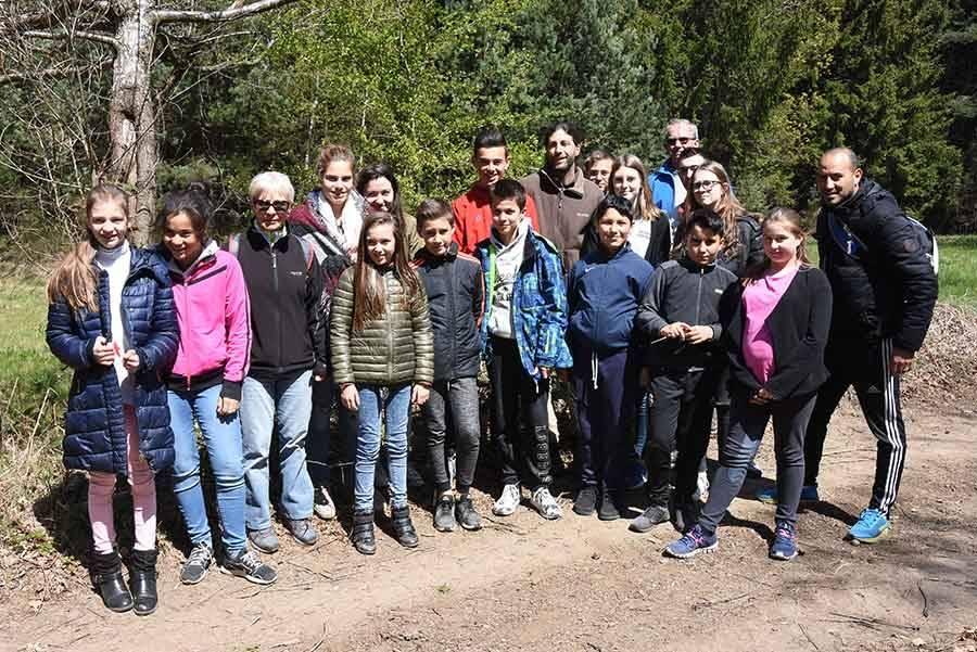 Sainte-Sigolène : les jeunes ont nettoyé les bois