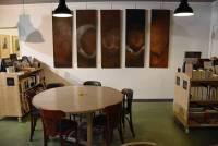 La Comédie humaine de Balzac à apprécier dans la salle de restaurant.