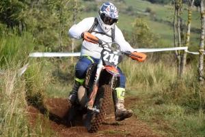 La course d'endurance moto des Vastres en photos