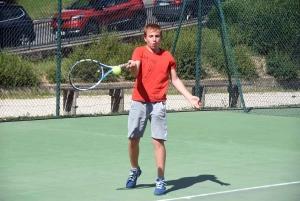 Tence : 7 qualifiés pour le tableau 3e série du tournoi de tennis