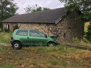 Le Pertuis : une voiture accidentée depuis vendredi sur l'ex-RN88