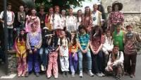 C'était Woodstock au collège privé vendredi après-midi.