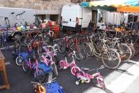 Montfaucon-en-Velay : 170 exposants au vide-greniers ce mercredi