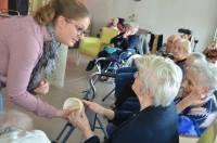 Sainte-Sigolène : jonquilles et autruches au programme des activités de la maison de retraite
