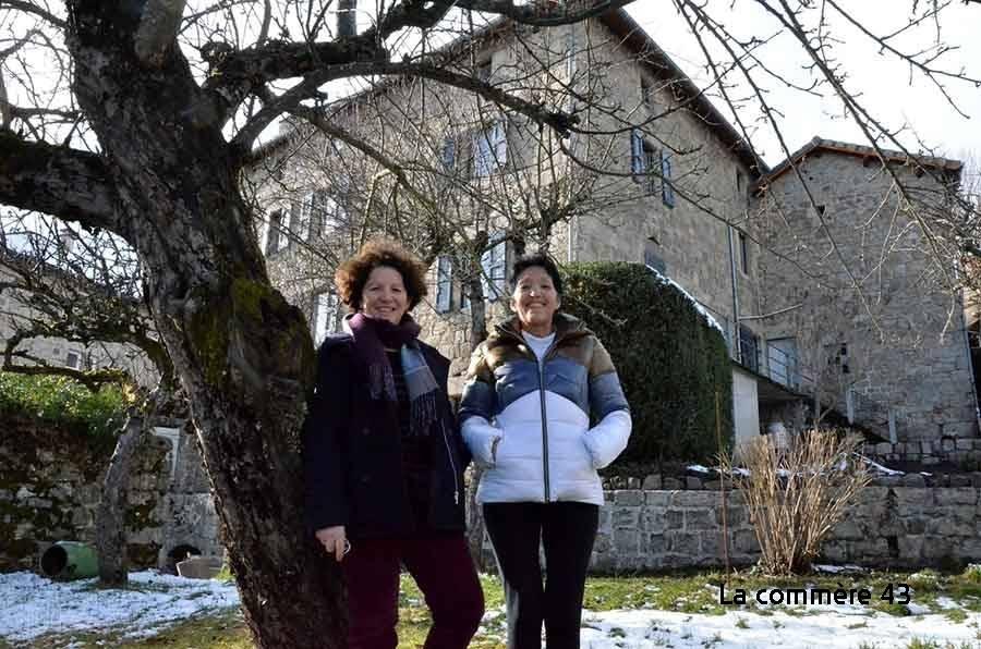Jacqueline Decultis aux manettes du projet et sa soeur Marie-Hélène Huart maîtresse de maison.