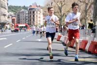15 km du Puy : les 2 000 m des enfants en photos
