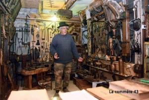 Le petit musée de Poux à Saint-Julien-d'Intres