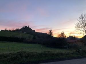 Retournac : un coucher de soleil sur Artias