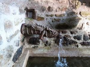 Saint-Julien-Molhesabate : des cours de terre bois et pierre avec Brigitte Bertholon