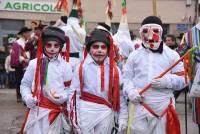 Saint-Didier-en-Velay : des confettis et quelques gouttes de pluie pour le 51e Carnaval (photos et vidéo)