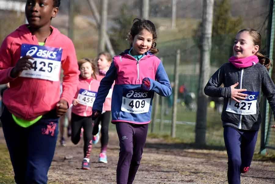 Saint-Germain-Laprade : les enfants s'en donnent à coeur joie sur les foulées (photos)