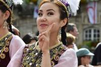 Charmeuse la demoiselle représentant le Kirghizstan à retrouver à Saint-Pal-en-Chalencon jeudi à 20h30 et à Costaros dimanche.